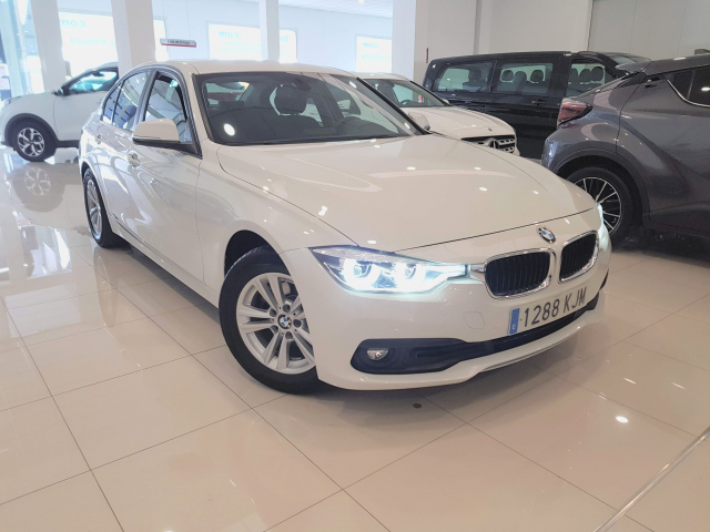 BMW SERIE 3  318d 4p. used car in Malaga