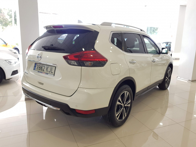 NISSAN XTRAIL X-TRAIL 1.6 dCi NCONNECTA 5p. for sale in Malaga - Image 4