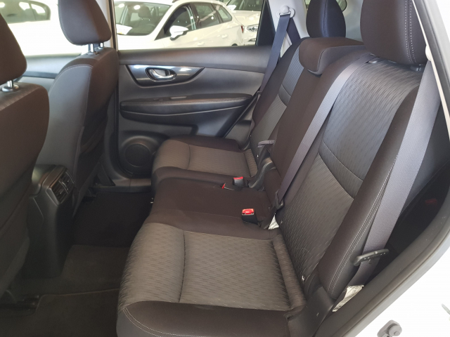 NISSAN XTRAIL X-TRAIL 1.6 dCi NCONNECTA 5p. for sale in Malaga - Image 6