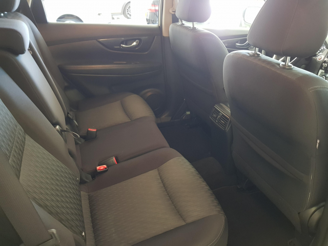 NISSAN XTRAIL X-TRAIL 1.6 dCi NCONNECTA 5p. for sale in Malaga - Image 7