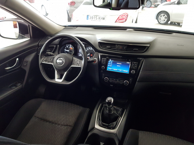NISSAN XTRAIL X-TRAIL 1.6 dCi NCONNECTA 5p. for sale in Malaga - Image 8