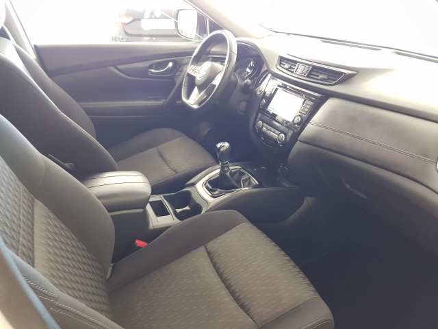 NISSAN XTRAIL X-TRAIL 1.6 dCi NCONNECTA 5p. for sale in Malaga - Image 9