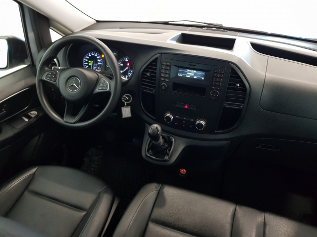 MERCEDES BENZ VITO  111 BT Tourer Sel. for sale in Malaga - Image 7