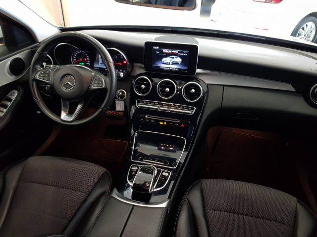 MERCEDES BENZ Clase C C 220 CDI for sale in Malaga - Image 8