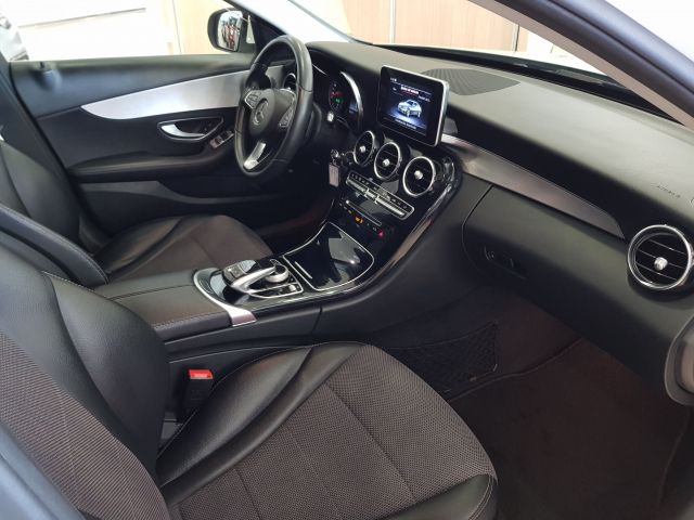 MERCEDES BENZ Clase C C 220 CDI for sale in Malaga - Image 9