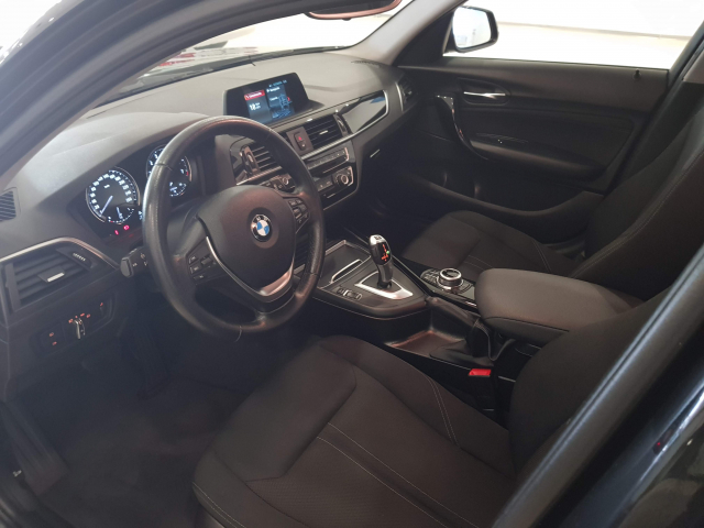 BMW SERIE 1  118i 5p. for sale in Malaga - Image 9