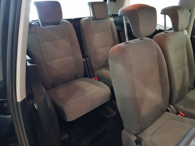 SEAT ALHAMBRA  2.0 TDI 140 CV EEcomotive Style 5p. for sale in Malaga - Image 6