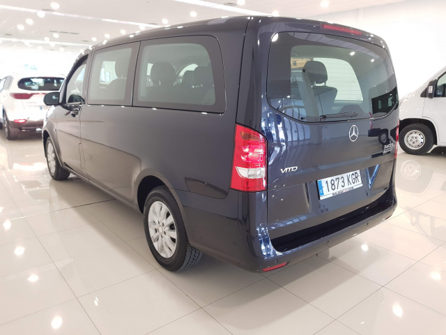 MERCEDES BENZ VITO  114 BT Tourer Select Larga 4p. for sale in Malaga - Image 3