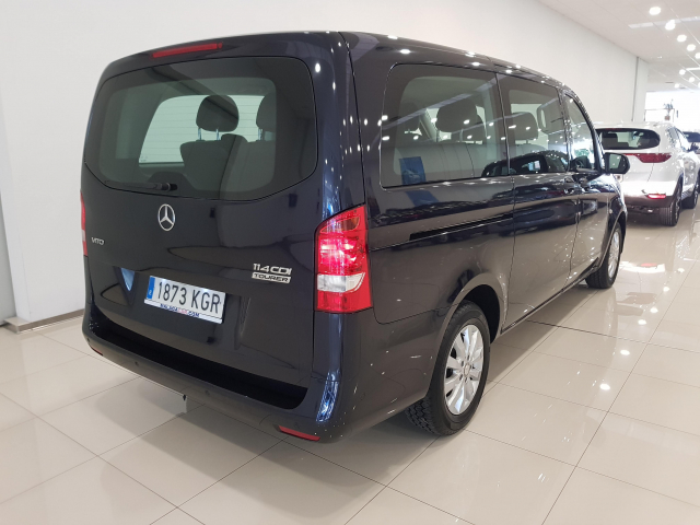 MERCEDES BENZ VITO  114 BT Tourer Select Larga 4p. for sale in Malaga - Image 4