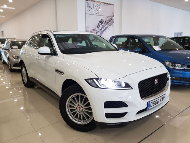 JAGUAR  F-PACE PRESTIGE AUTO for sale in Malaga - Image 1
