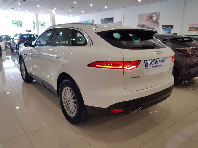 JAGUAR  F-PACE PRESTIGE AUTO for sale in Malaga - Image 3