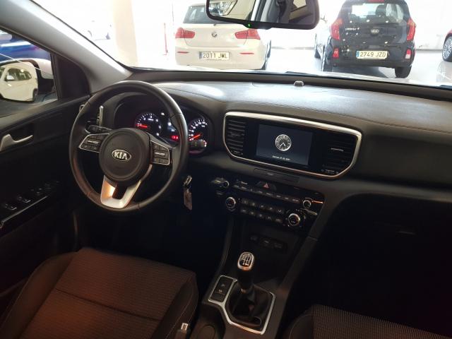 KIA Sportage 1.6 CRDI 115CV Drive 4x2 5p. for sale in Malaga - Image 7