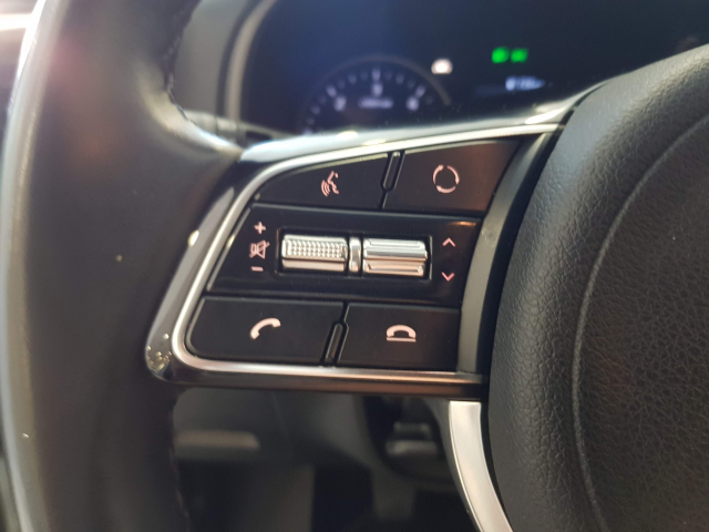 KIA Sportage 1.6 CRDI 115CV Drive 4x2 5p. for sale in Malaga - Image 12