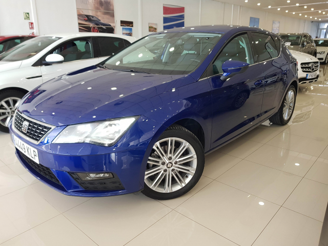 SEAT LEON León 1.4 TSI 110kW ACT StSp Xcellence 5p. for sale in Malaga - Image 2