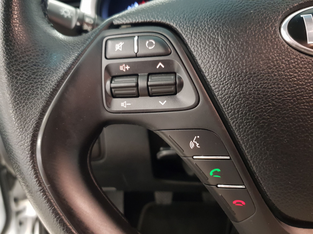 KIA CEED  1.4 CVVT 100cv Drive 5p. de ocasión en Málaga - Foto 10
