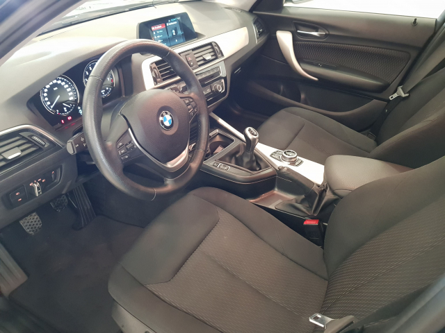 BMW SERIE 1  116i 5p. for sale in Malaga - Image 9