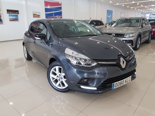 RENAULT CLIO  Limited Energy TCe 66kW 90CV 5p. for sale in Malaga - Image 1