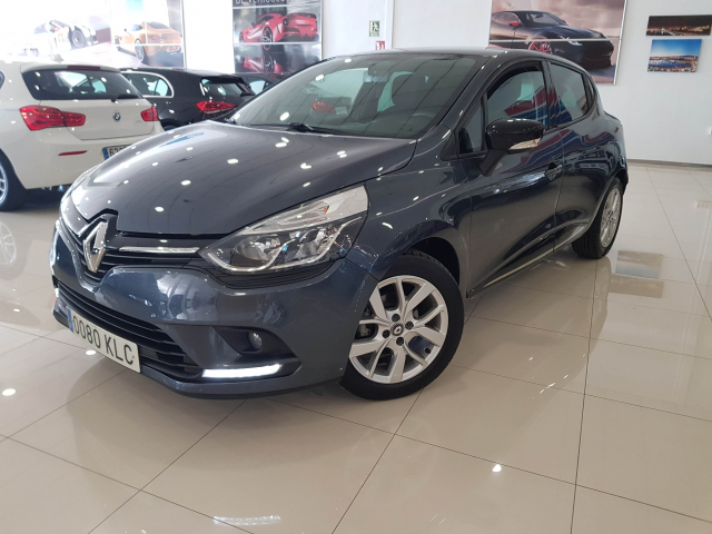 RENAULT CLIO  Limited Energy TCe 66kW 90CV 5p. for sale in Malaga - Image 2