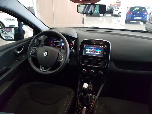 RENAULT CLIO  Limited Energy TCe 66kW 90CV 5p. for sale in Malaga - Image 7