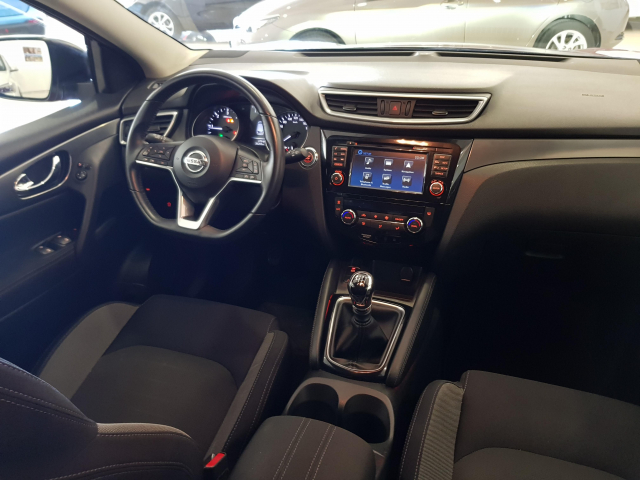 NISSAN QASHQAI 1.5 dCi NCONNECTA 5p. for sale in Malaga - Image 7