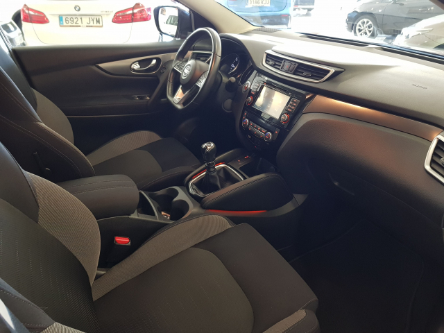 NISSAN QASHQAI 1.5 dCi NCONNECTA 5p. for sale in Malaga - Image 8
