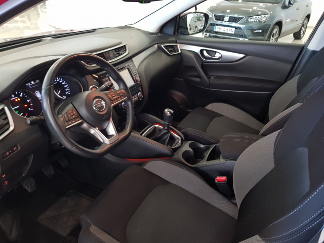 NISSAN QASHQAI 1.5 dCi NCONNECTA 5p. for sale in Malaga - Image 9