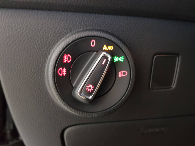 SEAT Ateca  1.5 EcoTSI 150cv StSp DSG 5p. for sale in Malaga - Image 12