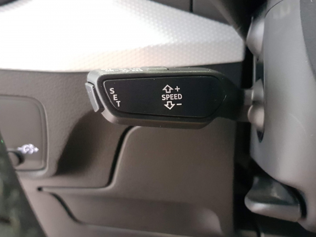 AUDI Q2  design edition 1.0 TFSI ultra S tronic 5p. for sale in Malaga - Image 11