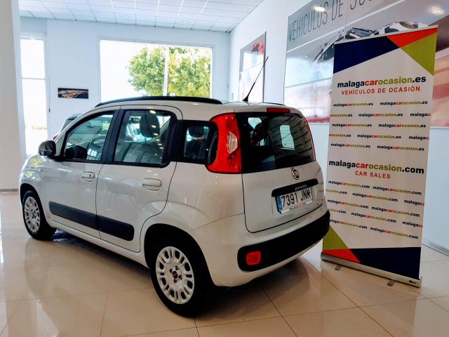 FIAT PANDA  1.2 Lounge 69cv 5p. for sale in Malaga - Image 3