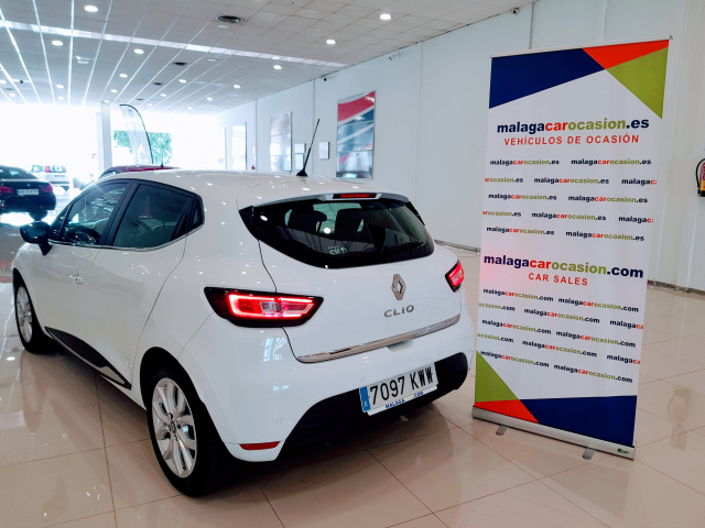 RENAULT CLIO  Zen Energy TCe 90 5p. for sale in Malaga - Image 3