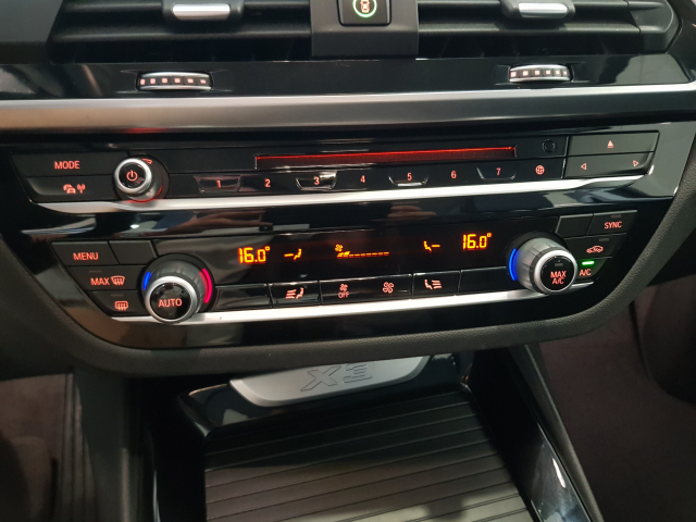 BMW X3  sDrive18d Xline 5p. for sale in Malaga - Image 8
