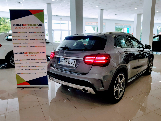 MERCEDES BENZ GLA  180 AMG AUT for sale in Malaga - Image 4