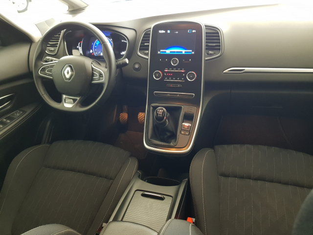RENAULT GRAND SCENIC Limited TCe 103kW 140CV GPF for sale in Malaga - Image 8