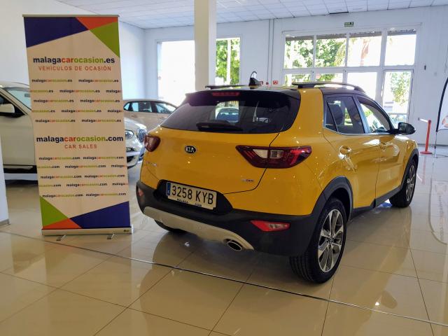 KIA Stonic 1.0 TGDi 74kW 100CV DRIVE for sale in Malaga - Image 4