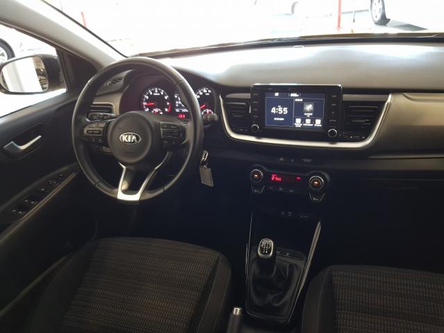 KIA Stonic 1.0 TGDi 74kW 100CV DRIVE for sale in Malaga - Image 7