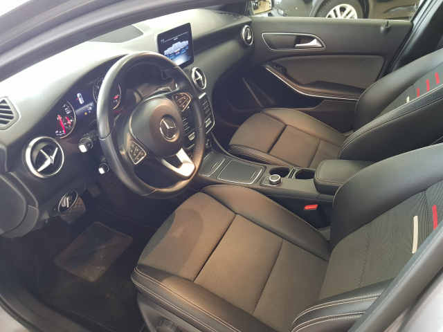 MERCEDES BENZ CLASE  A A 200 CDI  for sale in Malaga - Image 9