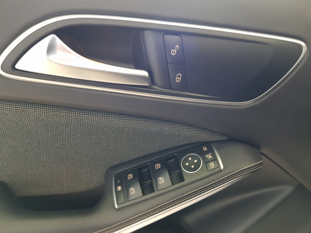 MERCEDES BENZ CLASE  A A 200 CDI  for sale in Malaga - Image 10