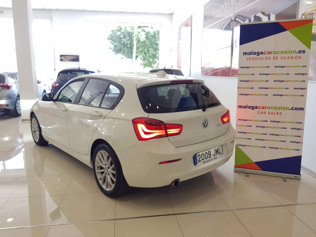BMW SERIE 1  116d 5p. for sale in Malaga - Image 3