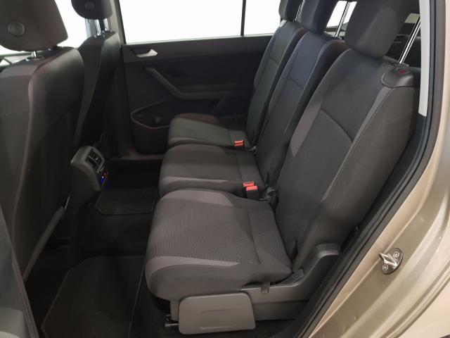 VOLKSWAGEN TOURAN  Edition 1.6 TDI CR 115CV BMT DSG 5p. for sale in Malaga - Image 5