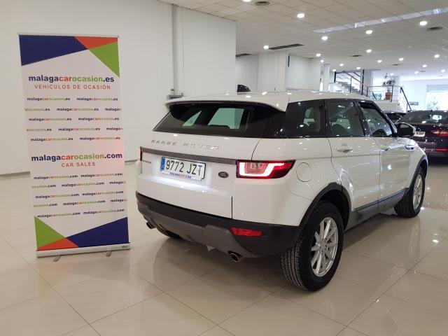 LAND-ROVER RANGE ROVER EVOQUE  2.2L TD4 150CV 4x4 Pure Auto. 5p. for sale in Malaga - Image 4