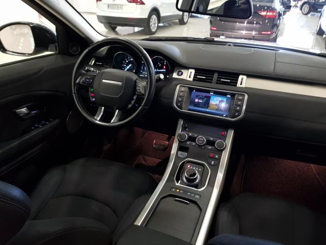 LAND-ROVER RANGE ROVER EVOQUE  2.2L TD4 150CV 4x4 Pure Auto. 5p. for sale in Malaga - Image 7