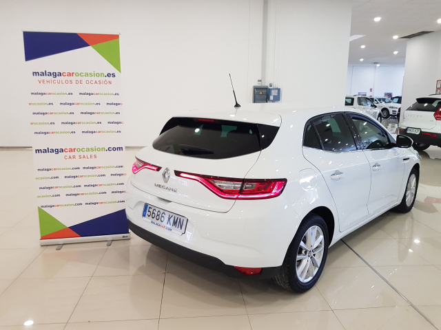 RENAULT MEGANE Mégane TECH ROAD Energy TCe 74kW 100CV 5p. for sale in Malaga - Image 4
