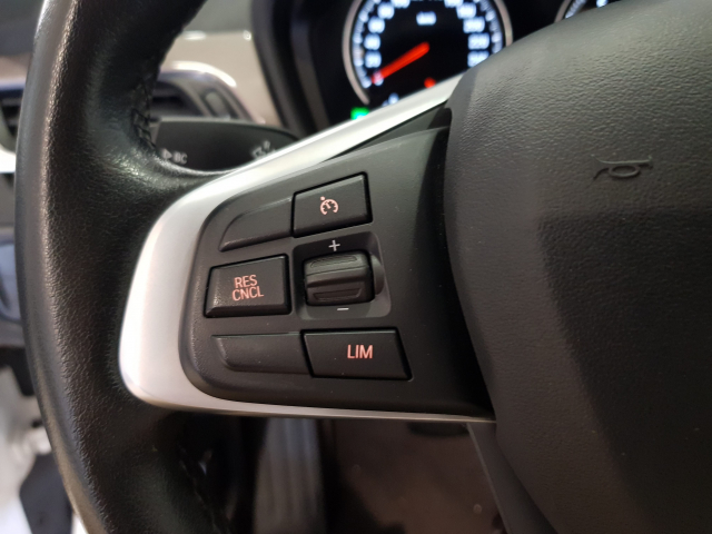 BMW X1  sDrive18d 5p. for sale in Malaga - Image 13