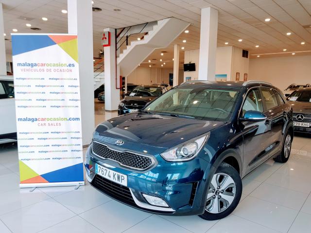 KIA NIRO PHEV 1.6 GDi PHEV 104kW 141CV Drive for sale in Malaga - Image 2