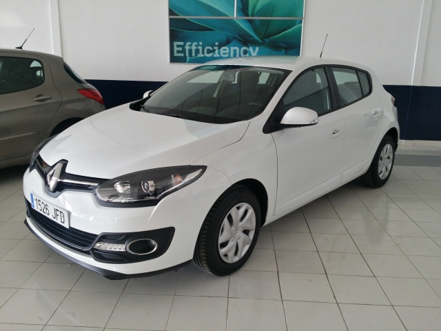 renault megane 2015 intens dci 95 eco2 5p diesel white. Black Bedroom Furniture Sets. Home Design Ideas
