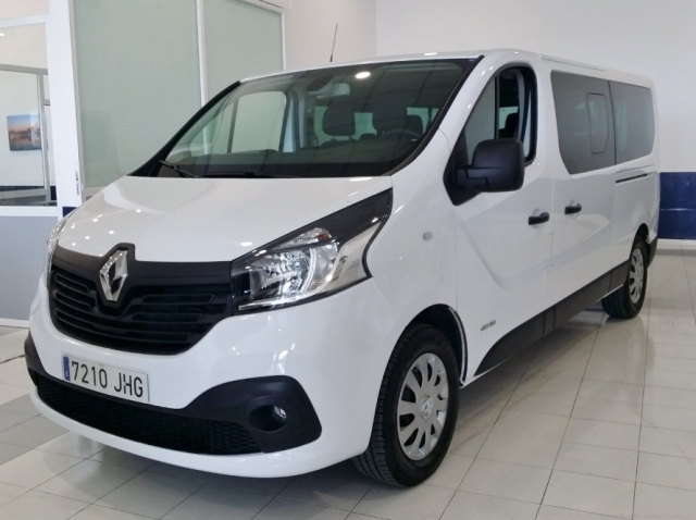 renault trafic 2015 passenger combi 9 29 l dci 115 e5 opti 4p diesel. Black Bedroom Furniture Sets. Home Design Ideas